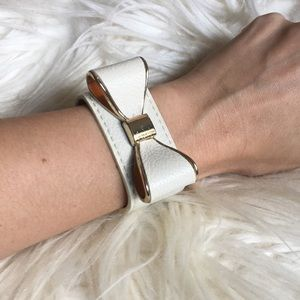 Bow leather cuff